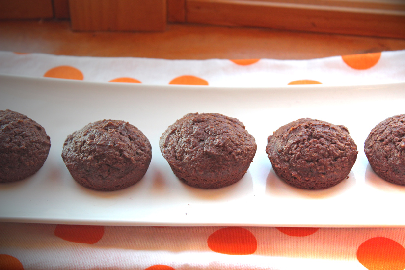 mini chocolate doughnut muffins