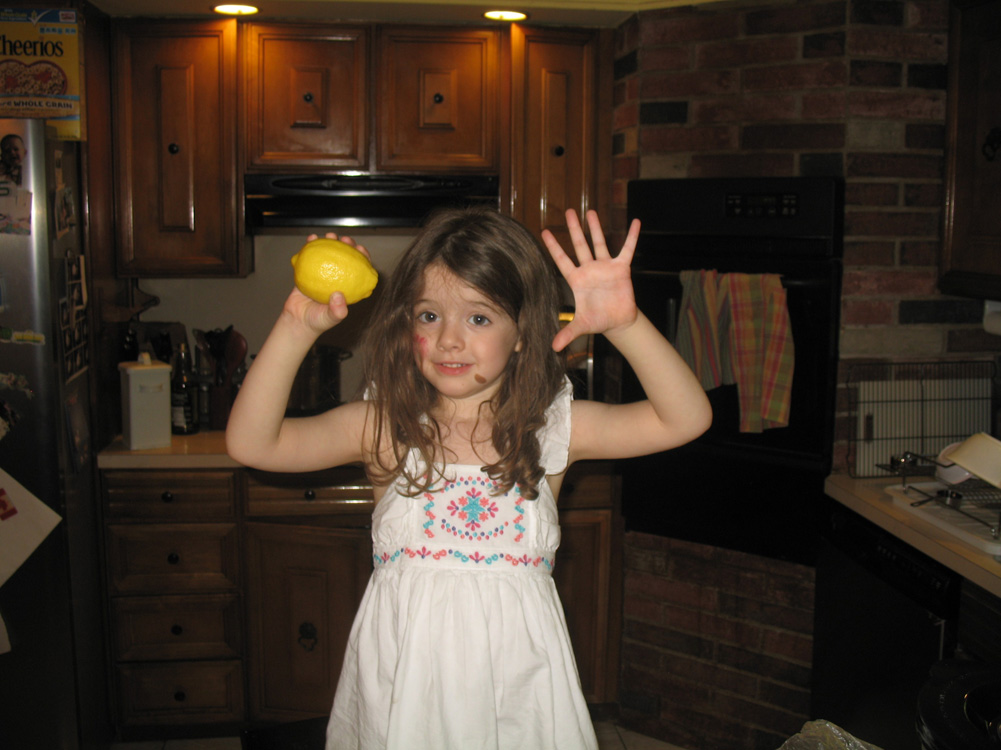 Juliet with lemon