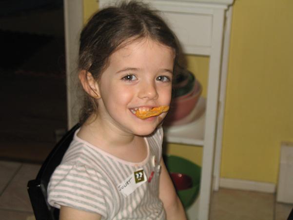 Juliet with Pop Chips