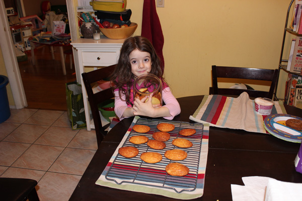 Juliet loving cookies