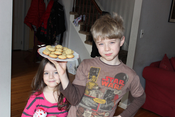 kids with cookies