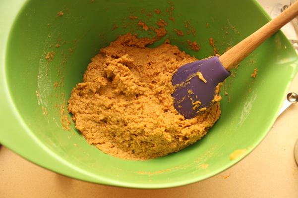pumpkin cheddar muffins batter